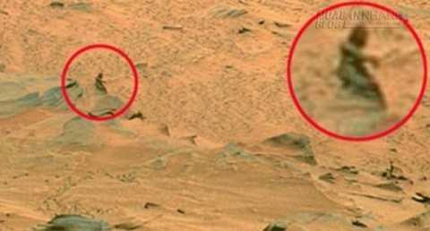 Ngoài ra, tàu vũ trụ Curiosity còn ghi lại một hình ảnh của tượng phật Quan Âm trên một dãy núi đá.
