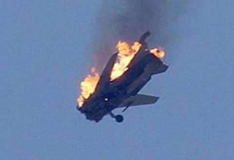 Su-24 Nga lúc bị trúng tên lửa Thổ Nhĩ Kỳ