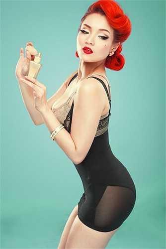 Thuỷ Top là hot girl đang dần khẳng định được vị trí của mình trong thị trường giải trí Việt.