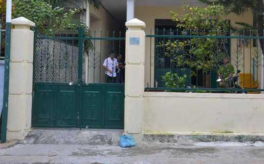 Nạn nhân Limuzi bị bắn chết trước cổng nhà