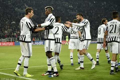 Juventus đã giành vé đi tiếp sớm 1 vòng đấu