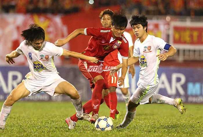 Tuấn Anh, Công Phượng được xem là trụ cột của U23 Việt Nam. Họ sẽ sang Nhật thi đấu từ tháng 1/2016. (Ảnh: Quang Minh)