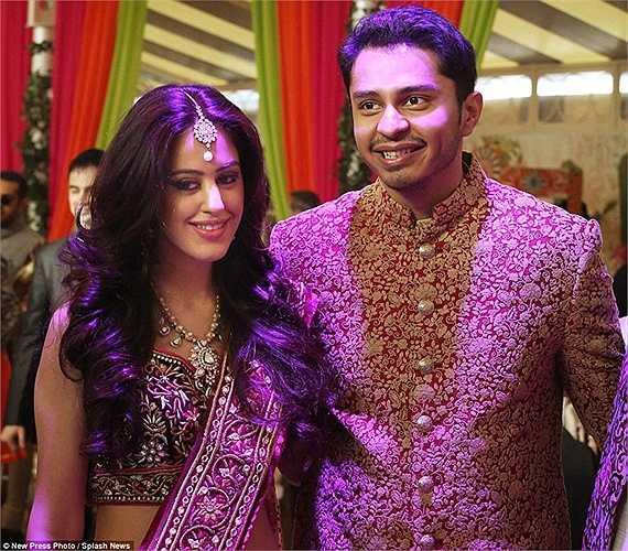 Bố của chú rể, tỷ phú Mehta trước đó cũng đã đăng lên Twitter cá nhân về đám cưới bạc tỷ mà ông gọi đó là huyền thoại.