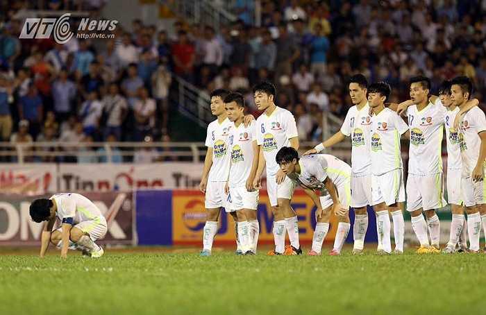 Rất may cho Công Phượng và đồng đội khi U21 Việt Nam kém bản lĩnh đã sút hỏng nhiều hơn. (Ảnh: Quang Minh)