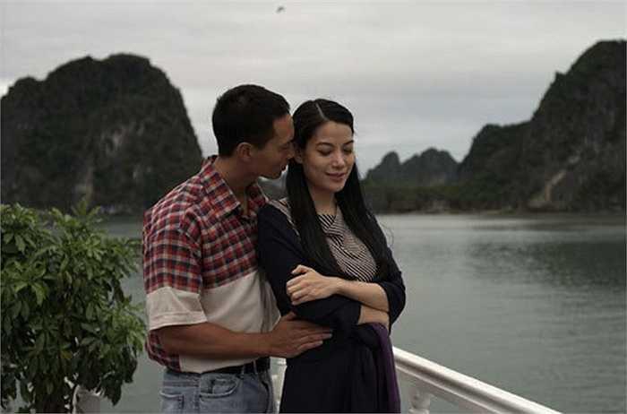 Trong phim, nam tài tử Việt kiều và nữ diễn viên 'Áo lụa Hà Đông' đã có những cảnh tình tứ cùng sự thăng hoa trong diễn xuất.
