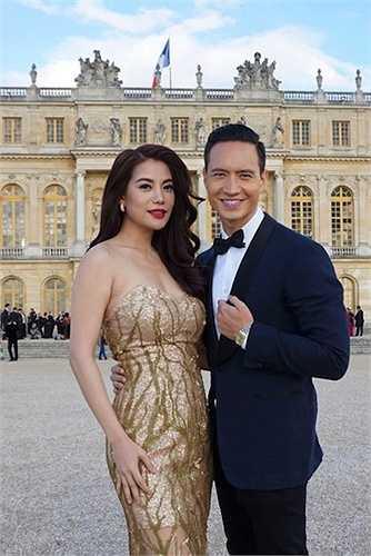 Cùng nhau đi dự một bữa tiệc tại Pháp.