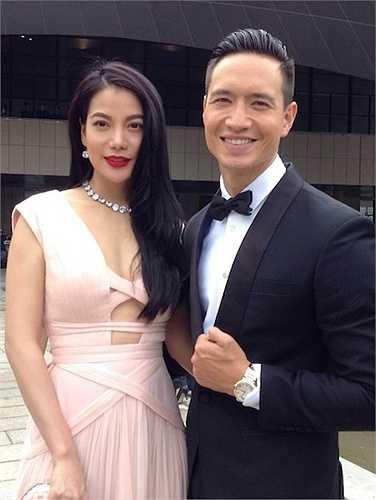 Sau thời gian dính tin đồn lạnh nhạt, Trương Ngọc Ánh và Kim Lý lại tình tứ bên nhau tại LHP Kim Kê.