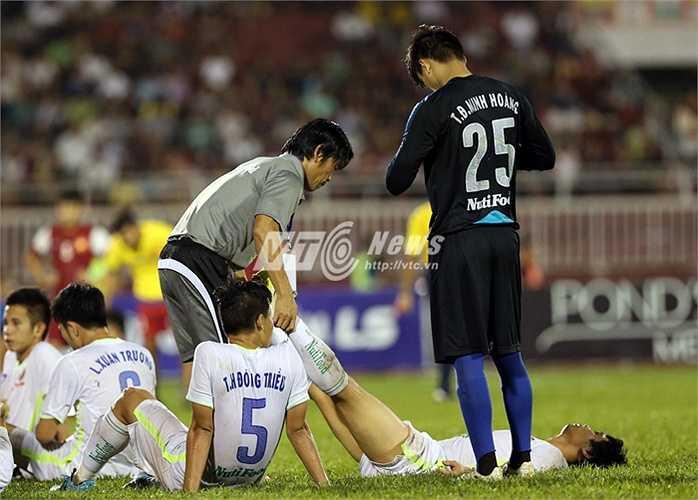 Người cứu tinh vô danh chính là Minh Hoàng, thủ thành dự bị của U21 HAGL.