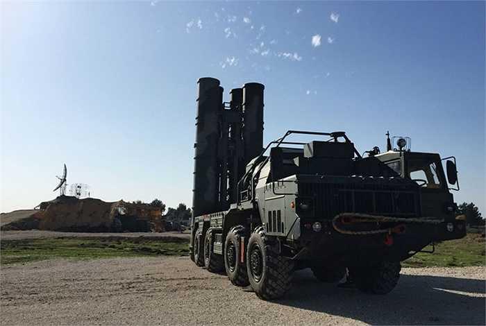 Trợ lý Tổng thống Nga cho biết S-400 được đưa đến Syria không phải để bán
