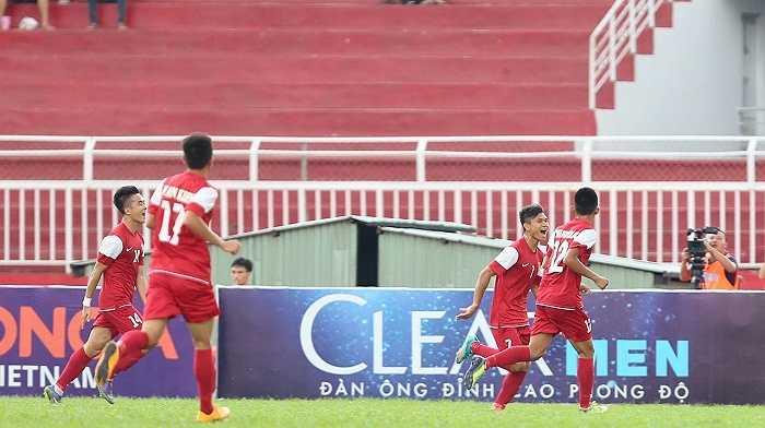 Là đội toàn thắng ở vòng bảng nhưng U21 Việt Nam đã không thể đặt chân vào chung kết vì thiếu may mắn trong loạt sút luân lưu với U21 HAGL. Họ sẽ nỗ lực ở trận tranh giải 3 diễn ra chiều nay.