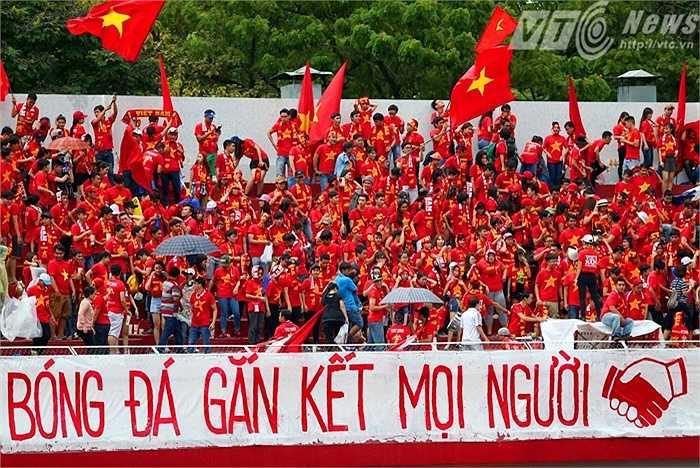 Đây là điều tương đối dễ hiểu bởi hiện tại TP.HCM không có CLB chơi bóng tại V-League. (Ảnh: Quang Minh)
