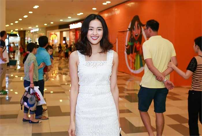 Trước đó, cô gây ồn ào với chuyện tình cảm cùng doanh nhân phố núi và cũng là chồng cũ của Hồ Ngọc Hà - Cường Đô la.