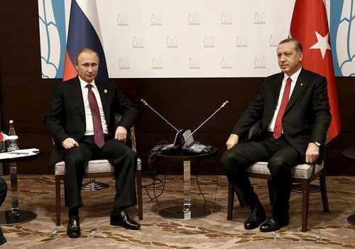 Ông Putin và Erdogan tại Thổ Nhĩ Kỳ tại hội nghị G20 ở Ankara. Ảnh: Reuters