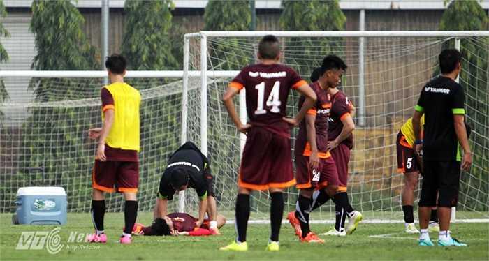 Văn Thành lần đầu lên tuyển U23 nhờ phong độ xuất sắc tại giải U21 Quốc gia (anh là vua phá lưới) và U21 Quốc tế 2015.