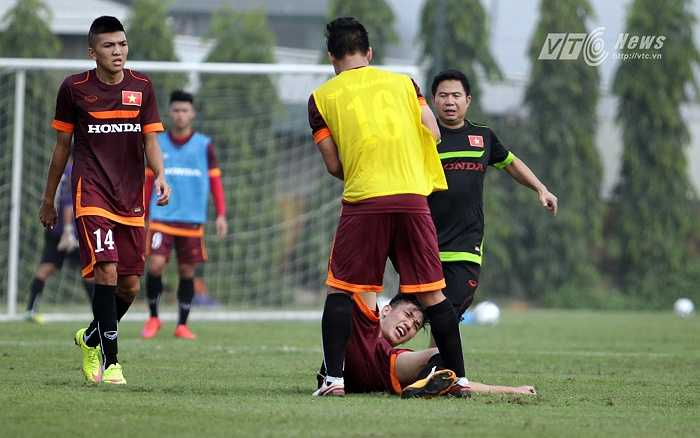 Đông Triều có thể lực tốt hơn nhờ vừa thi đấu ở giải U21 Quốc tế. Trong khi Trọng Đại vừa phải trải qua 1 tháng huấn luyện tân binh.