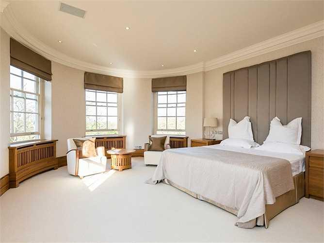 Phòng ngủ đẳng cấp với đầy đủ tiện nghi ở Abbey Lodge gần công viên Regent.