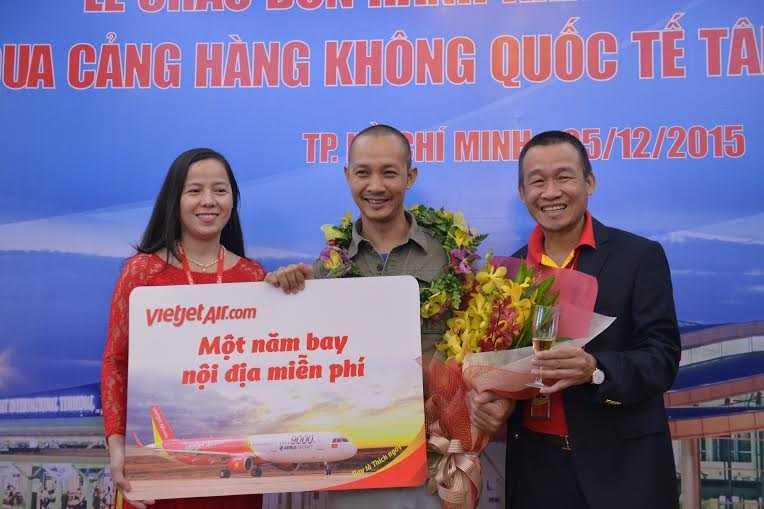 anh Nguyễn Quang Sơn – nhiếp ảnh gia tại Hà Nội đi công tác trên chuyến bay VJ153 (từ Hà Nội đến TP.HCM).