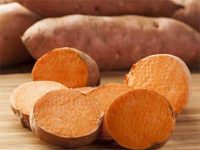 Khoai mỡ là loại củ lành mạnh. Khoai mỡ có vitamin B6, kali và chất xơ, rất cần thiết cho cơ thể khỏe mạnh.