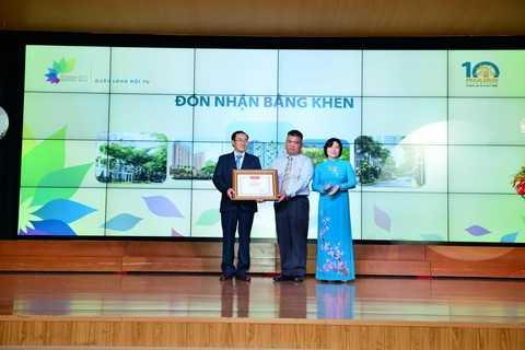 Tại Lễ kỷ niệm, Bộ Xây dựng, UBND thành phố Hồ Chí Minh đã tặng bằng khen cho những thành tích sản xuất <a href='http://vtc.vn/kinh-te.1.0.html' >kinh doanh</a> của công ty Phú Long, ghi nhận sự đóng góp của công ty đối với sự phát triển của ngành xây dựng Việt Nam.