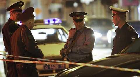 Cảnh sát bảo vệ hiện trường vụ nổ