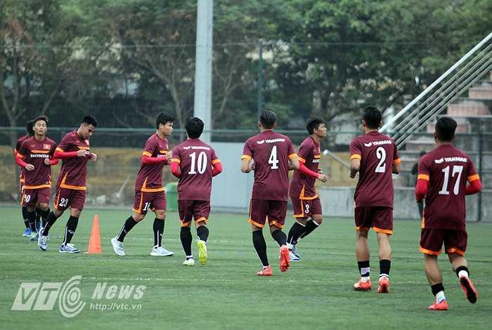 Sáng 9/12, U23 Việt Nam dành trọn thời gian để nhồi thể lực.