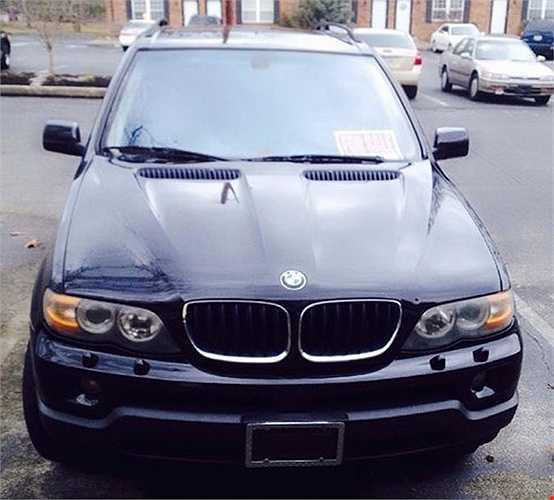 Những chiếc xe BMW trị giá hàng tỉ đồng của 'chồng tin đồn' Trang Trần.
