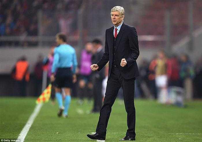 HLV Arsene Wenger chia sẻ sau trận: 'Tôi hài lòng vì toàn đội đã giữ vững được lối chơi. Mùa giải này có thể may mắn sẽ đến với chúng tôi tại cúp châu Âu'