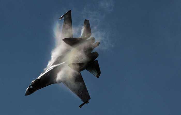 Chiến cơ Su-35 trong triển lãm hàng không MAKS 2015