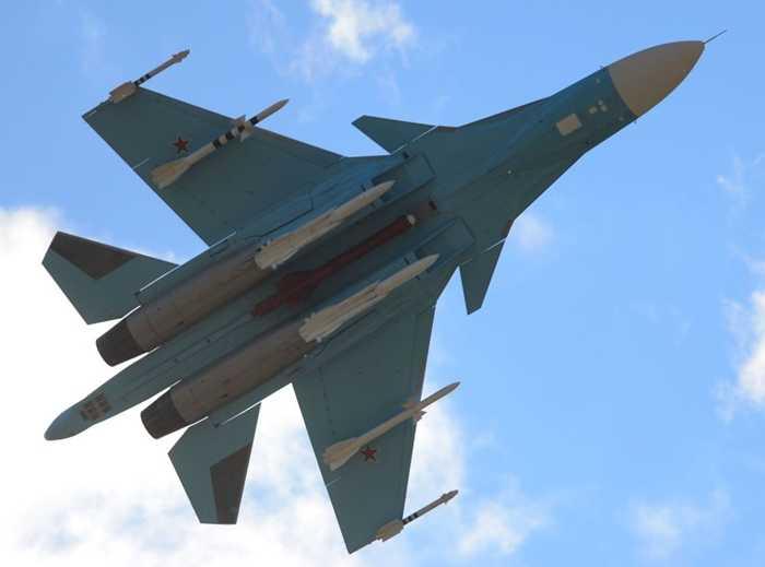 Dàn tên lửa và bom thông minh của Su-34