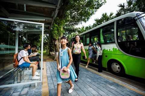 4. He thong xe bus mien phi hien dai voi 100 chuyen 1 ngay tren khap dia ban Ha Noi giup cu dan khu do thi de dang di chuyen toi bat cu noi dau (Copy).jpg