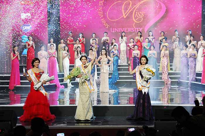 Nữ sinh viên Việt Nam duyên dáng 2015