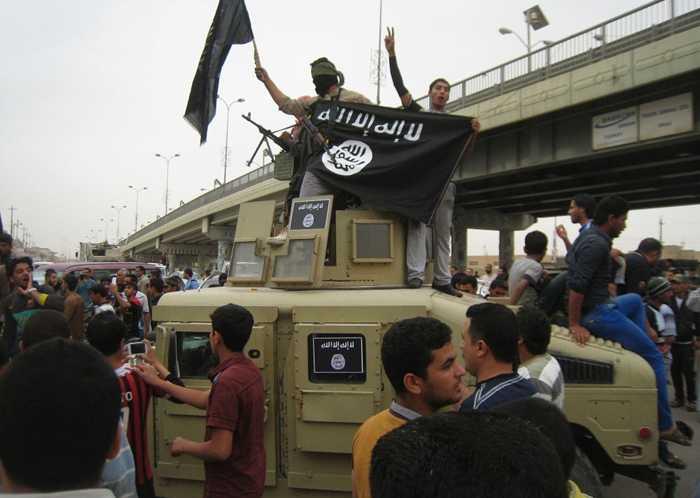 Chiếc xe mà chiến binh IS cướp của quân đội Iraq