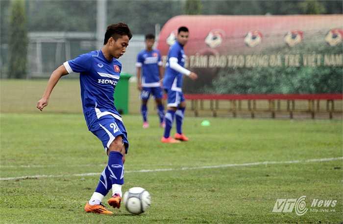 15h chiều nay, U23 Việt Nam sẽ có trận đấu tập với đội bóng JFL Selection đến từ Nhật Bản (Tiểu Hàn)