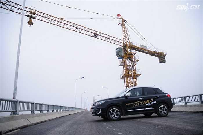 Nhà sản xuất cho biết khối động cơ hoàn toàn mới này còn rất tiết kiệm xăng với mức tiêu thụ chỉ 6 lít/100 km.