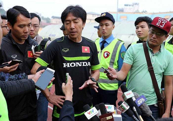 Điều đáng nói, ý tưởng tấn công nghèo nàn của U23 Việt Nam vẫn tiếp diễn và chưa có dấu hiệu được cải thiện