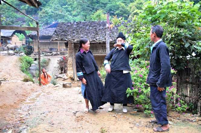 Người Thu Lao thích ở trong những ngôi nhà trình đất