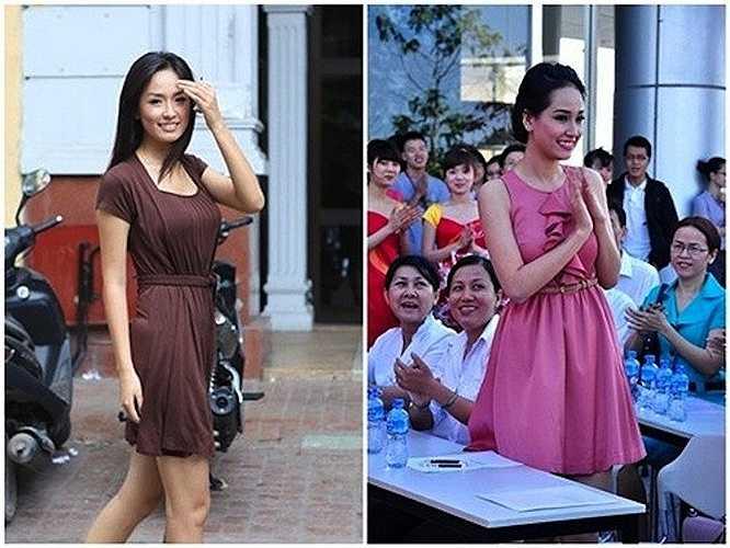 Năm 2007, ngoại hình của Hoa hậu đã khá khẩm hơn nhưng cô vẫn diện những trang phục khá đơn giản.
