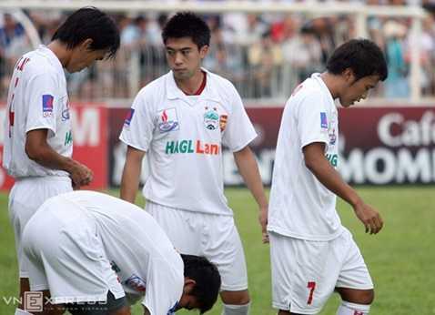 Lee Nguyễn khó có khả năng tái xuất trong màu áo HAGL