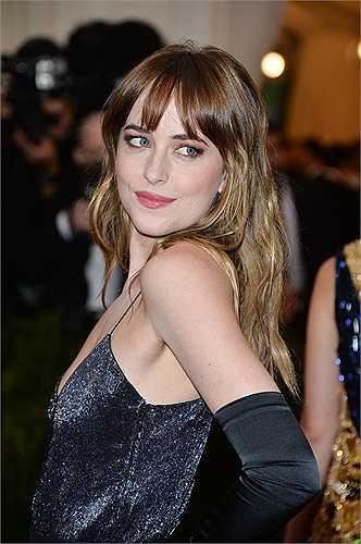 Nữ diễn viên 26 tuổi Dakota Johnson xếp vị trí thứ 6.