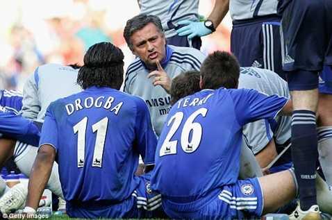 Chelsea từng mất 40 triệu bảng để sa thải Mourinho cùng bộ sậu năm 2007