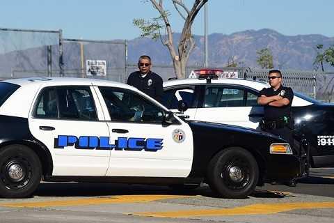 Lực lượng cảnh sát được triển khai bảo vệ khu vực trường học ở Los Angeles