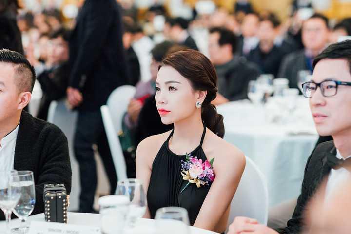 Đại diện Việt Nam được các quan khách tham dự chương trình đến từ nhiều nước trên thế giới vô cùng quan tâm, và yêu mến.