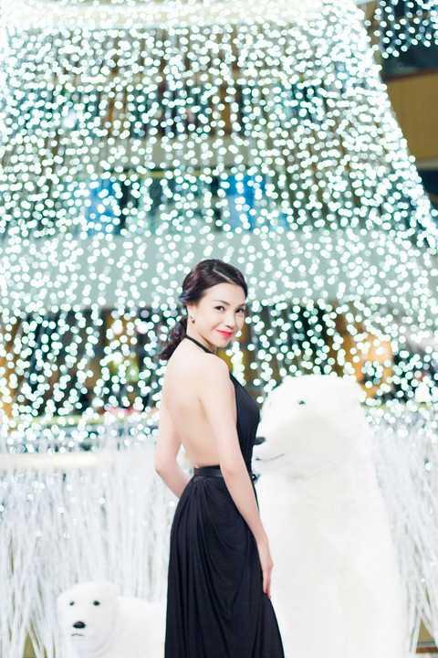 Sau khi ra mắt MV Yêu gợi cảm, nóng bỏng, Trà Ngọc Hằng có sự xuất hiện trở lại tích cực, cô xác định sẽ hoạt động nghệ thuật quyết liệt hơn.