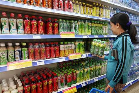 Tất cả mọi người liên quan đến vụ án, từ ông Võ Văn Minh, công ty Tân Hiệp Phát đến cả người tiêu dùng, cộng đồng mạng và xa hơn nữa là cả ngành thị trường nước giải khát đều bị thiệt hại sau vụ án.