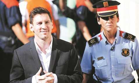 Messi đã thoát tội trốn thuế
