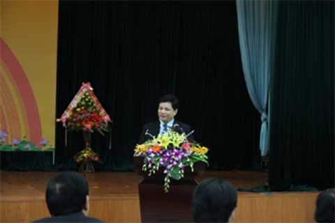 PGS. Tiến Sĩ Lê Danh Tuyên, Viện Trưởng Viện Dinh Dưỡng Quốc Gia phát biểu