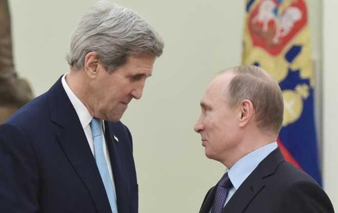 Ngoại trưởng Mỹ John Kerry và Tổng thống Nga Vladimir Putin