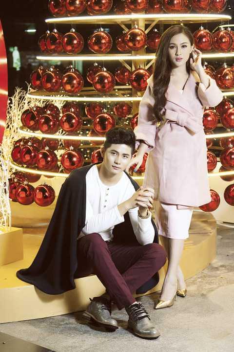 Bằng sự kết hợp ăn ý từ cô nàng hotgirl đến từ Đà Lạt với nam ca sĩ trẻ Ray Võ trong những khung hình thời trang được khán giả đón nhận nồng nhiệt thời gian qua.