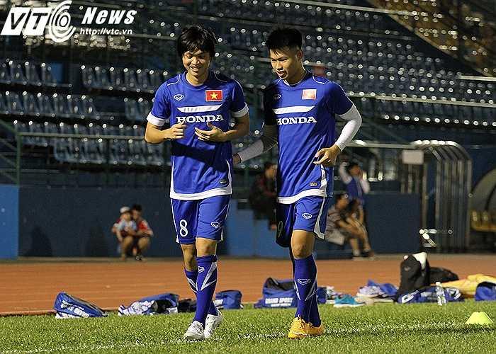 Tuấn Anh và Văn Thành là hai cầu thủ có tình hình chấn thương kém khả quan nhất. Nó đã có từ sau khi kết thúc hai giải U21 (U21 Quốc gia và U21 Quốc tế) hồi tháng trước, mà cả hai đều là nhân tố chủ chốt của U21 HAGL JMG lẫn U21 báo TN Việt Nam