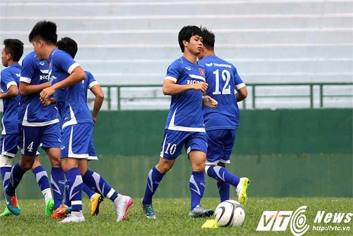 Vào ngày mai 23/12, Công Phượng sẽ chính thức kí hợp dồng với CLB Mito Hollyhock (J-League 2)